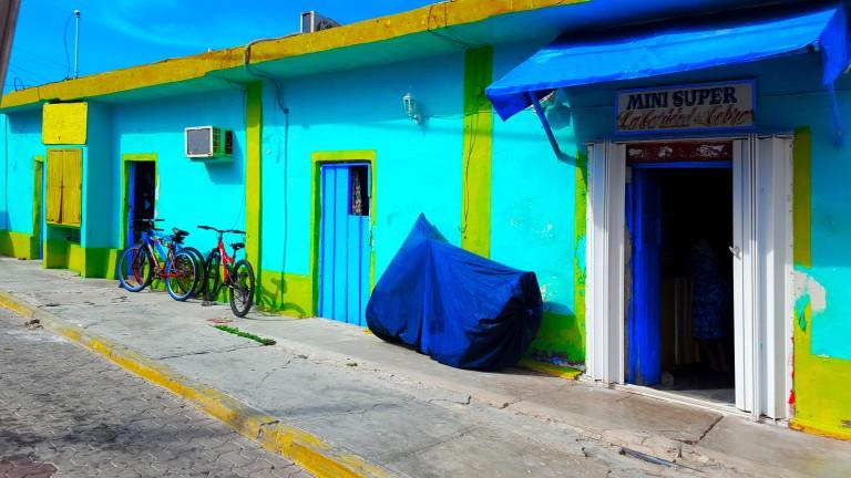 isla_mujeres_pueblo